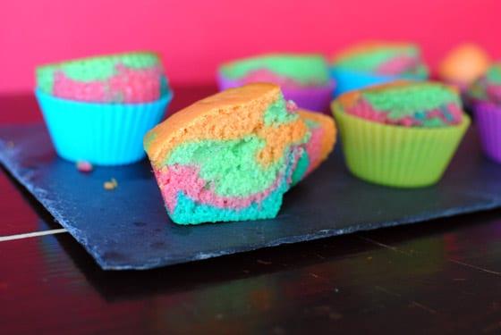 recette de muffins marbr s multicolores stella cuisine recettes faciles recettes pas. Black Bedroom Furniture Sets. Home Design Ideas