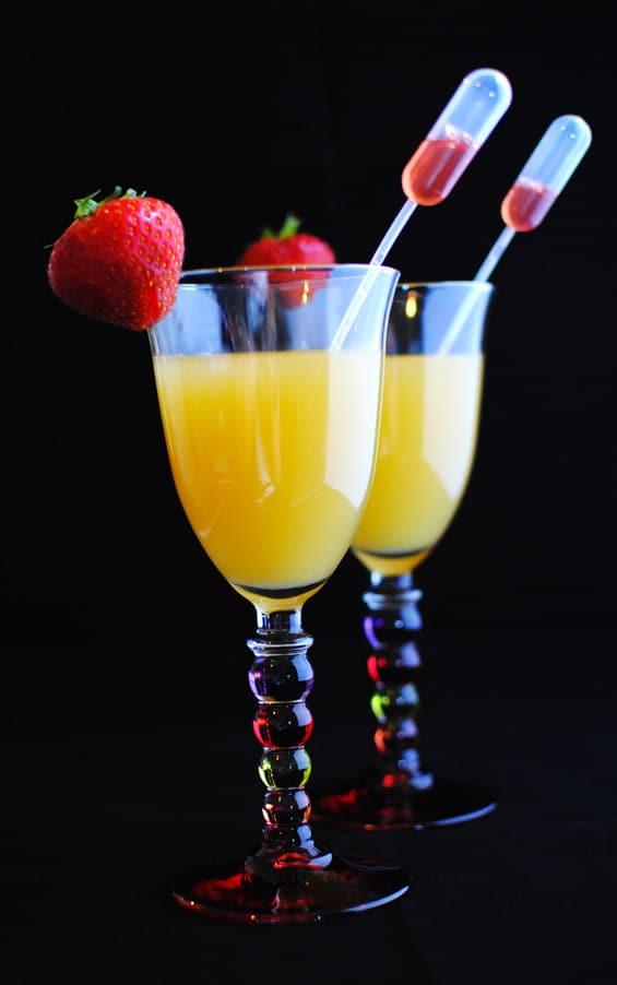 Cocktail sans alcool qui change de couleur