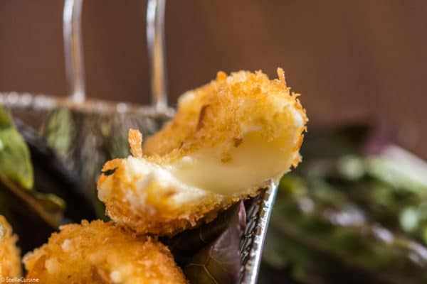 Recette de Fromages Babybel panés. Recette facile et rapide de fromage frit, avec des babybels pour petits et grands !