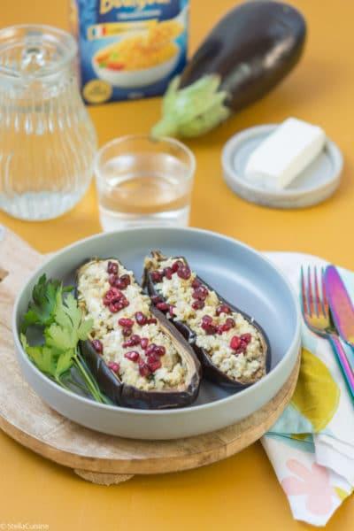 Recette d'Aubergines farcies au boulghour, feta et grenade. Recette facile avec du boulgour, aux saveurs méditérannéennes !