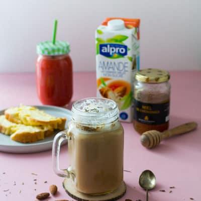 Café Latte à la lavande