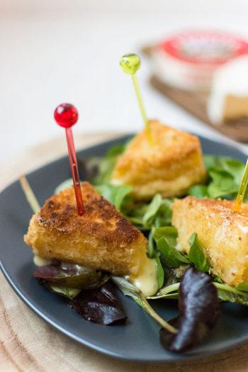 Recette de Camembert pané, ou beignets de camembert, recette facile de camembert pané, idéal avec une salade