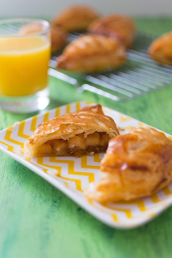recette-chaussons-pommes-pate-feuilletee-rapide-escargot-stellacuisine2