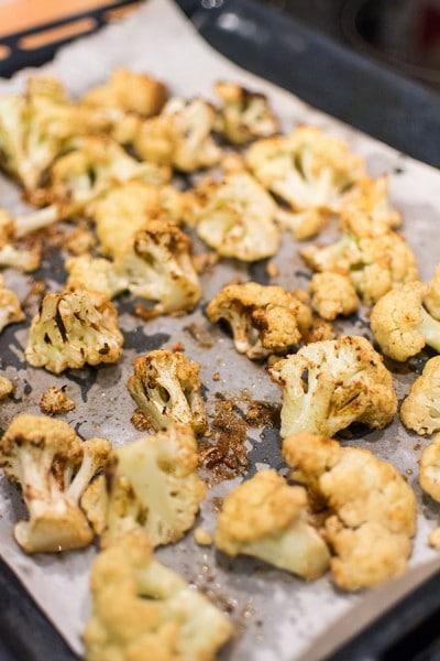 Recette de Chou-fleur rôti au paprika, chou fleur roti au four et au paprika, recette facile et rapide à réaliser en accompagnement !