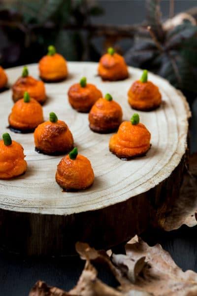 Recette de Choux citrouille à la crème caramel (Recette pour Halloween), recette facile, recette Foodle.