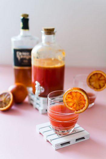 Recette de Cocktail orange sanguine et cognac, idéal pour un apéritif léger.