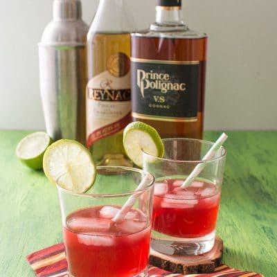 Recette de Cocktail Red Fresh (Polignac et Reynac), recette facile et rapide de cocktail original à base de pineau et cognac.
