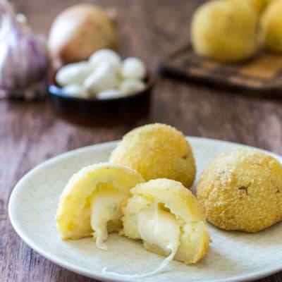 Recette de Croquettes de pommes de terre avec cœur à la mozzarella, avec ou sans le Surprise Party de Tupperware