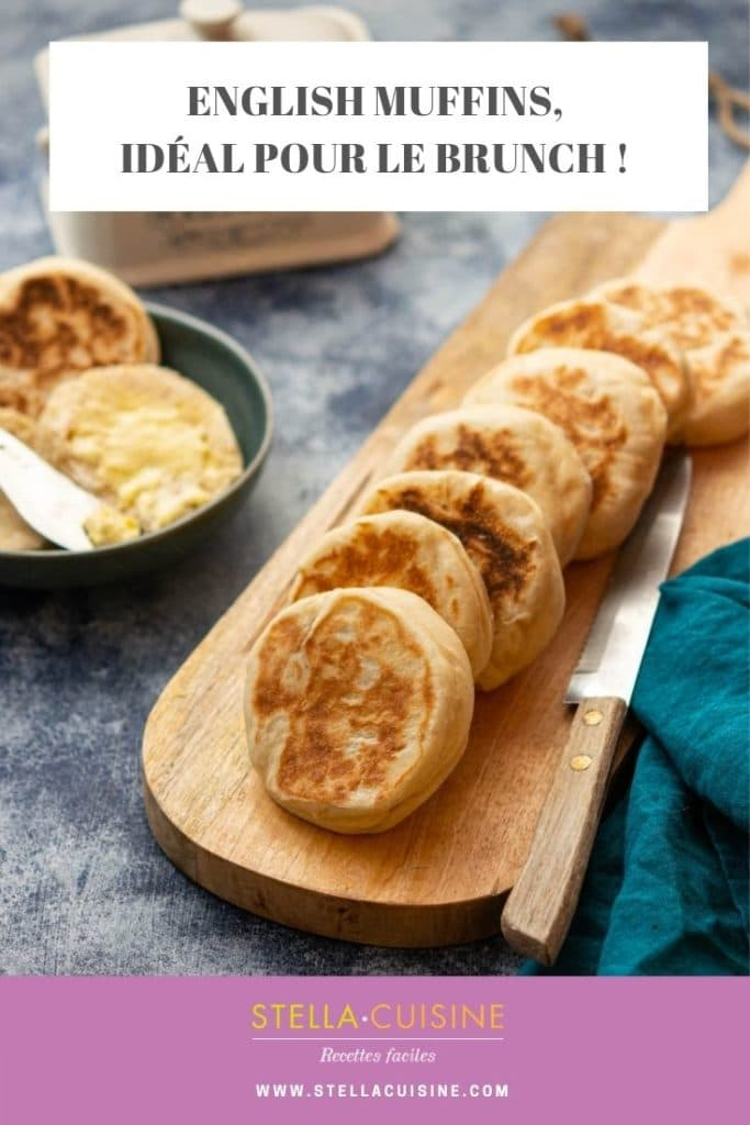 Recette d'English muffins, idéale pour un brunch ! Des muffins anglais pour le petit déjeûner ou pour le brunch, à déguster salé comme sucré !