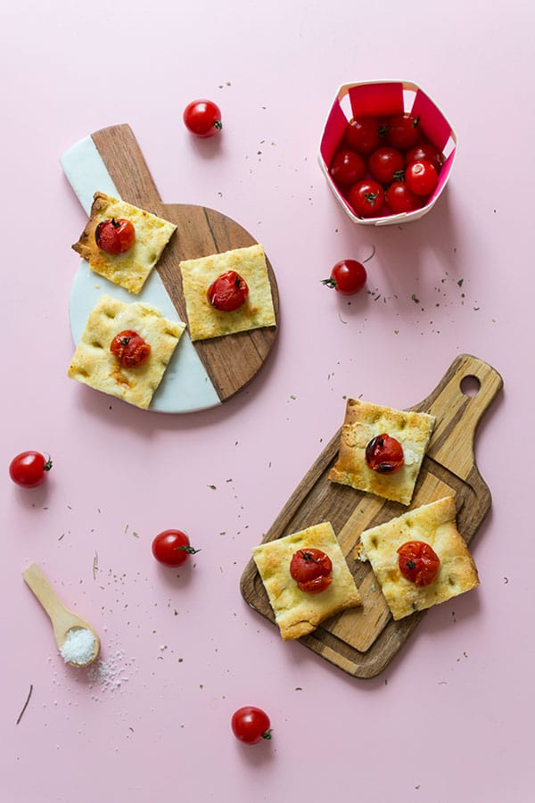 Recette de Focaccia rapide aux tomates cerises Savéol, variété Rubis