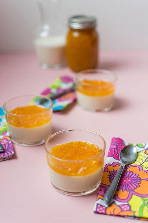 Recette de Flans de lait à la marmelade d'oranges
