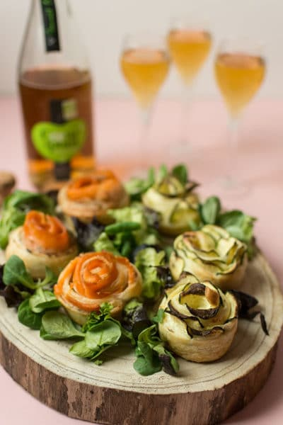 Recette de Fleurs feuilletées saumon, courgettes, fromage frais, recette facile fête des mères