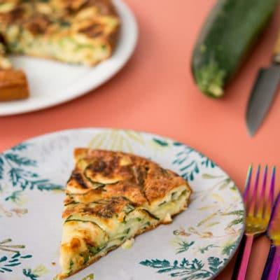Recette de Gâteau invisible aux courgettes et feta, recette légère, recette light, une recette Weight Watchers WW bleu, total 4SP la part.