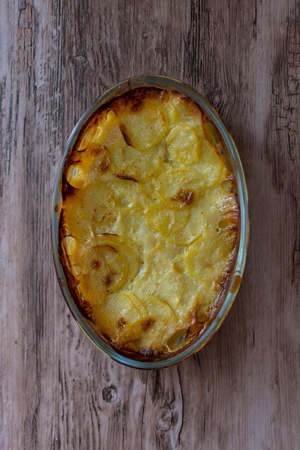 Recette de gratin dauphinois façon béchamel, recette facile, recette rapide, recette pas chère.