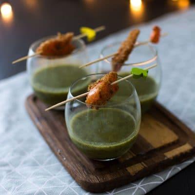 Velouté de cresson et fenouil, truite fumée au pain d'épices
