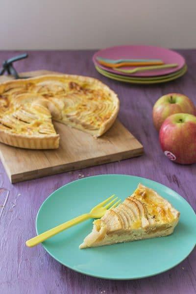 Recette de tarte aux pommes à l'alsacienne, et recette de tarte bananes caramélisées et chocolat avec les petites tartes Herta.