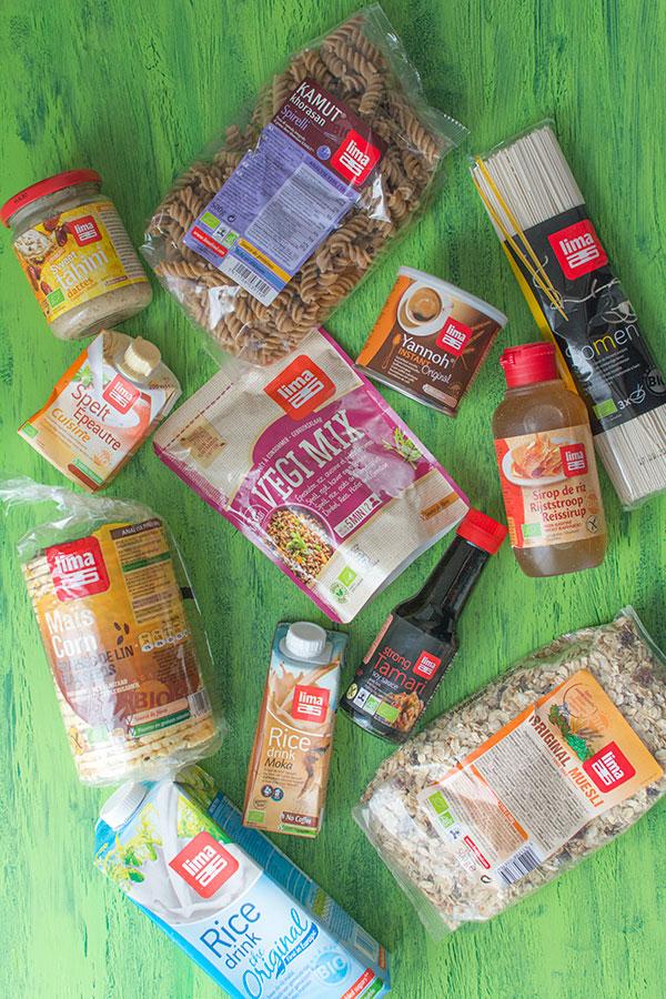 Recette de Pâtes à la farine de kamut, asperges, maïs soufflé avec Lima {Concours}