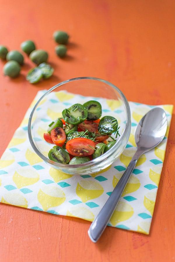 Salsa de tomates cerises et baby kiwi Nergi à la sauce soja