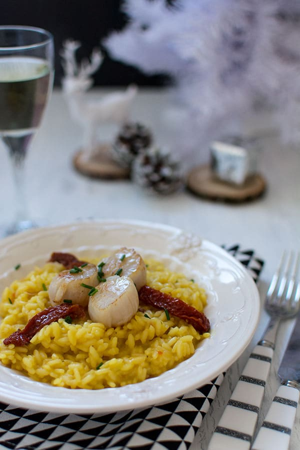 Recette de Noël : Risotto de Saint-Jacques au safran et tomates séchées