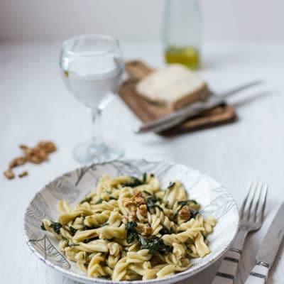 Pâtes aux épinards, gorgonzola et noix