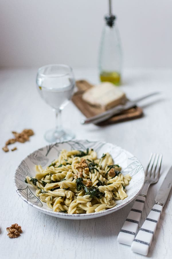 Recette de Pâtes aux épinards, gorgonzola et noix