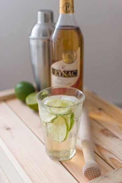 Recette de Cocktail Reynac Mojito, recette facile de mojito au pineau des charentes, cocktail original et rapide.