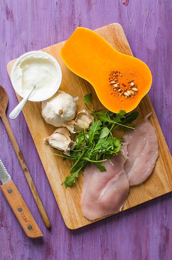 Recette de Rösti de potimarron, crème d'ail et dinde au paprika