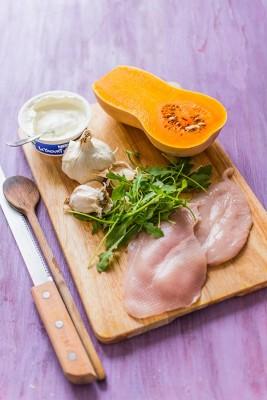 Recette de Rösti de butternut, crème d'ail et dinde au paprika