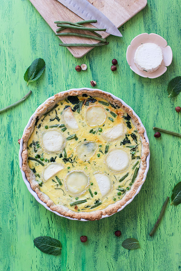 Quiche aux légumes verts et fromage de chèvre (pâte sablée à la noisette)