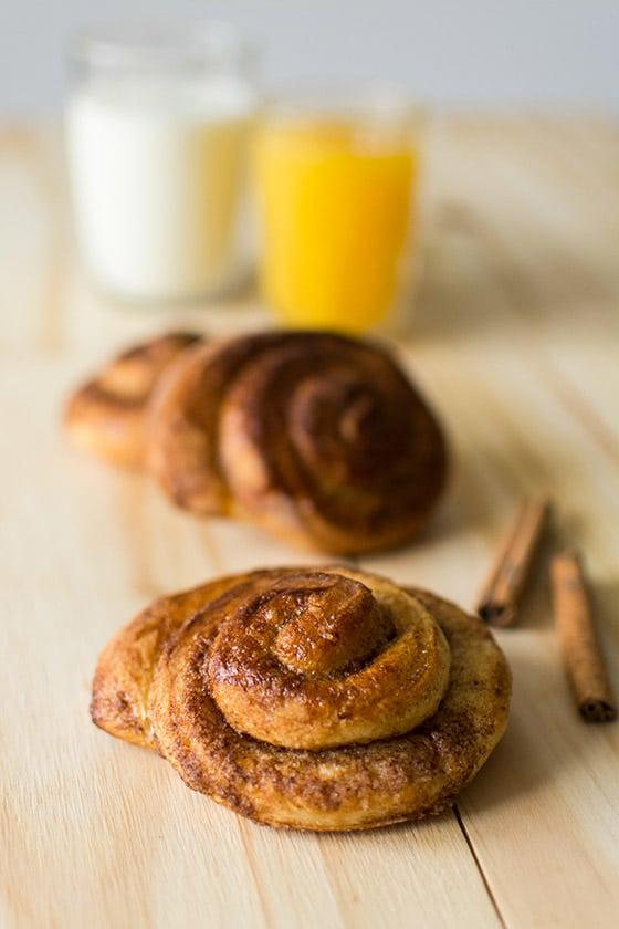 Cinnamon rolls (brioches roulées à la cannelle)