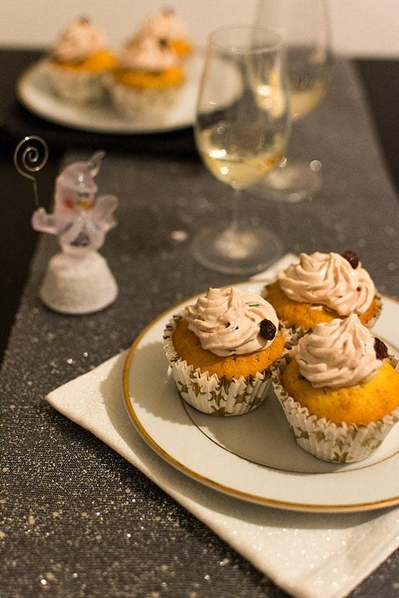 Cupcakes salés à la mousse de canard, confit de figues et raisins