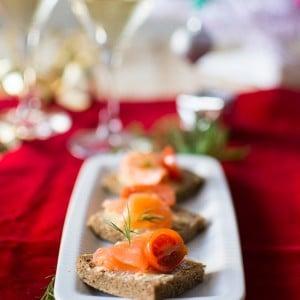 recette_noel_toast_beurreagrumes_saumon_stellacuisine