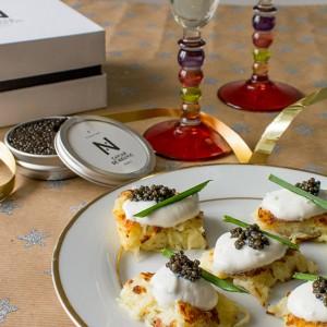 recette_noel_toast_rostis_caviar_cremeaigre_stellacuisine
