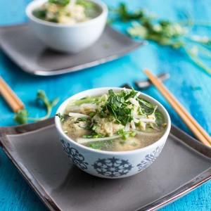 Recette de pho vietnamien aux boulettes de poulet