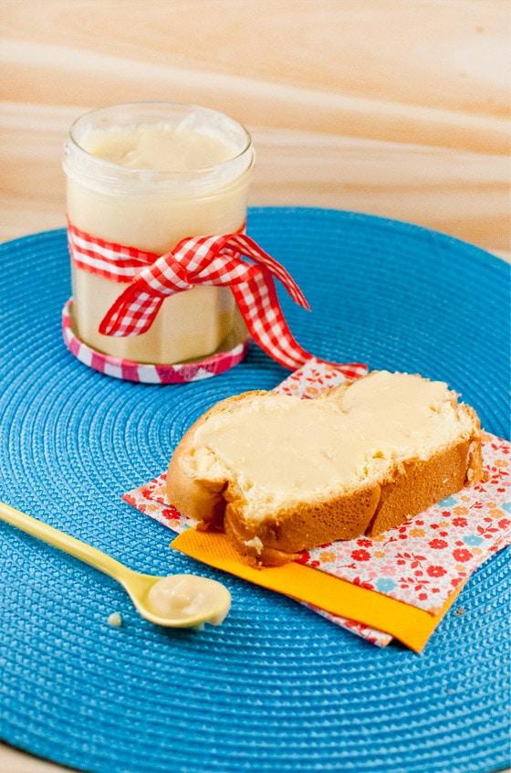recette de p te tartiner au chocolat blanc stella cuisine recettes faciles recettes pas. Black Bedroom Furniture Sets. Home Design Ideas